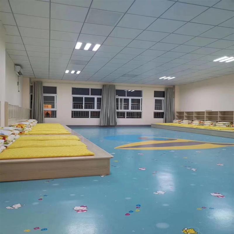 幼儿园塑胶地板